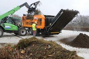 Nová kompostáreň má ročne vyprodukovať okolo 6-tisíc ton kompostu.