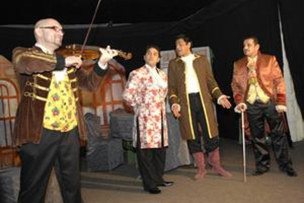 Návrat do minulosti. Herci z Romathanu sa v rámci aktuálnej premiéry presunú do 19. storočia.