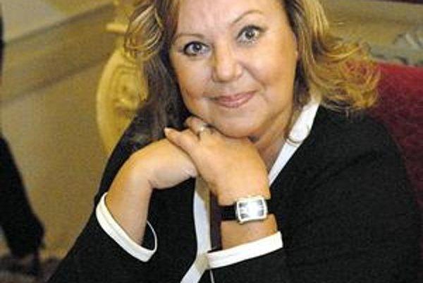 Ľuba Blaškovičová. Chystá v Spišskej Novej Vsi premiéru Raševovej hry. Príde si ju pozrieť aj premiérka Radičová.