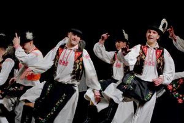 Dokonalý tanec. Členovia Železiaru ho sľubujú predviesť aj v novej premiére.