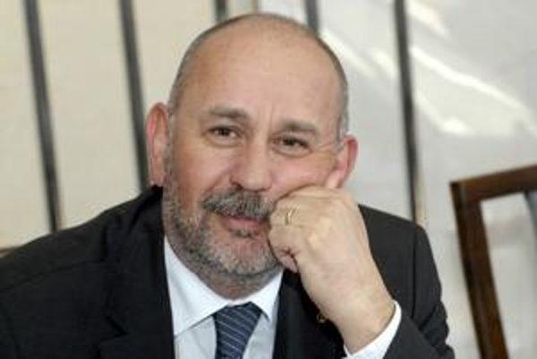 Daniel Rusnák (KDH). Po štyroch volebných obdobiach so starostovaním končí.