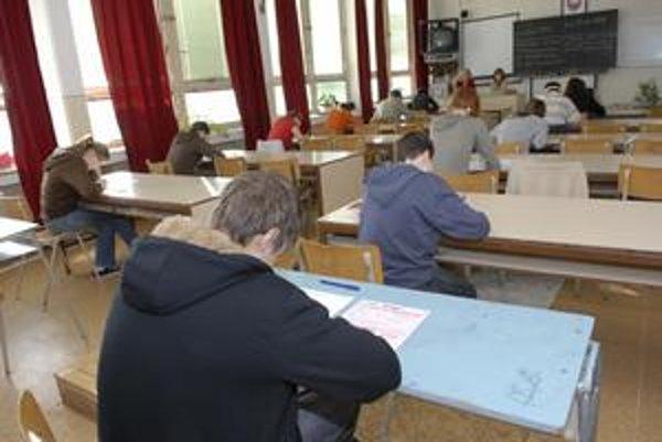 V prihláškach už nemôžu chýbať výsledky, ktoré žiaci dosiahli v testovaní 9.