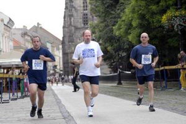 F. Knapík. na bežeckej trati ho mohli Košičania vidieť už aj počas vlaňajšej charitatívnej akcie City Run.