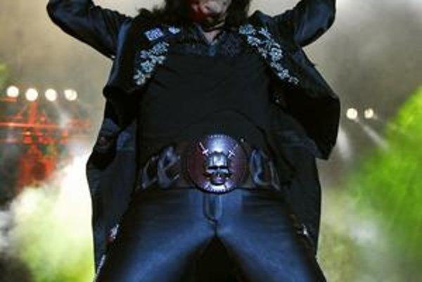Alice Cooper. Extravagantný rocker zaspieva v Košiciach.