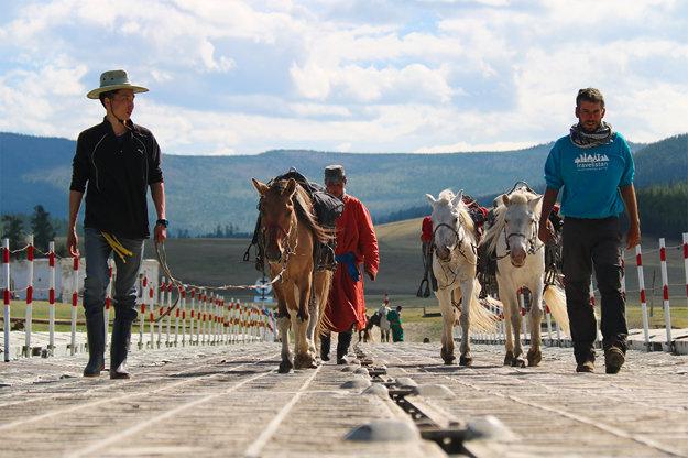 Život bez koní by bol v Mongolsku komplikovaný.