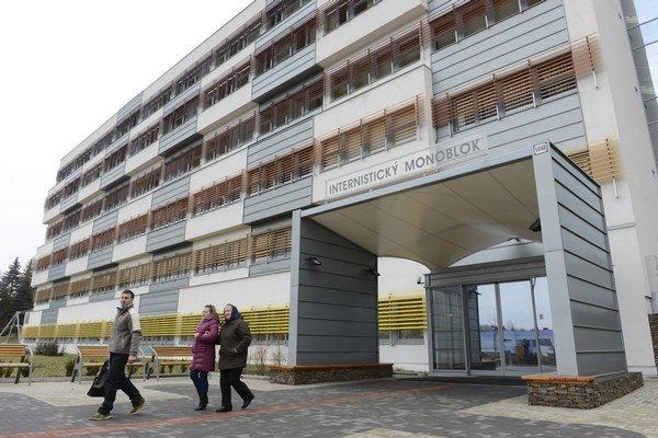 Prešovská nemocnica. Na detských oddeleniach zakázala návštevy.