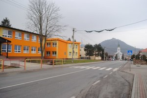 Do pochybnej súťaže Škola roka 2016 sa zapojila aj škola v Kapušanoch pri Prešove.