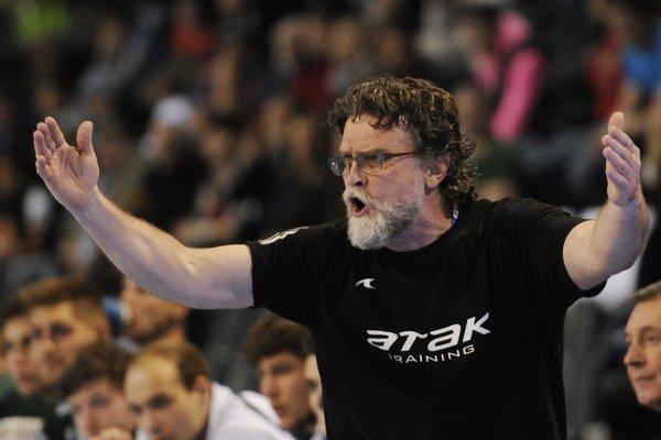 Tréner Rastislav Trtík zažil na lavičke Tatrana neľahkú sezónu.