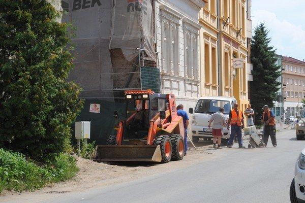 Jarková ulica sa dočká opravy.