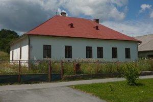 Kúria vo Veľkom Šariši. Len málo obyvateľov mesta vie, že to bolo renesančné panské sídlo.