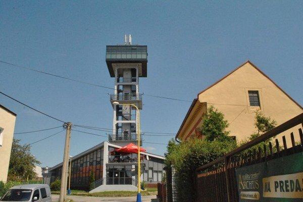 Vodárenská veža. Ostane v správe mestskej firmy, prenajímať sa nebude.