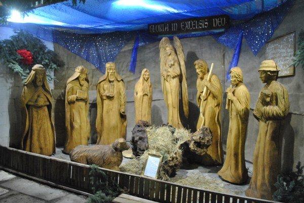 Betlehem so zatiaľ prázdnymi jasličkami.