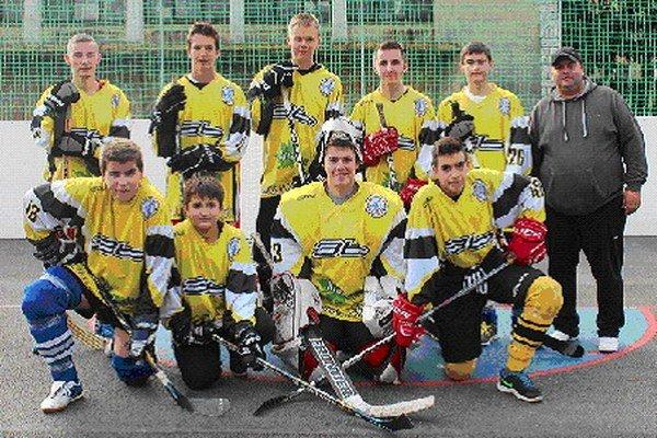 HBC Juniors Team. Účastník hokejbalovej ligy.