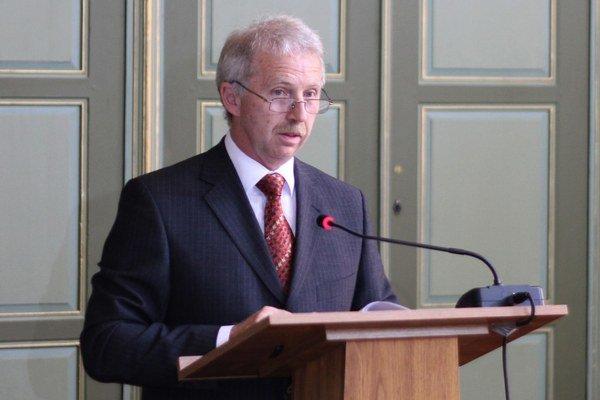 Profesor Peter Švorc.