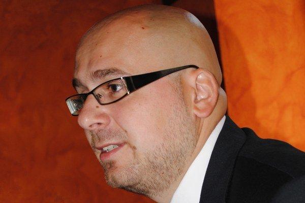 Michal Kaliňák so svojím návrhom čiastočne uspel.