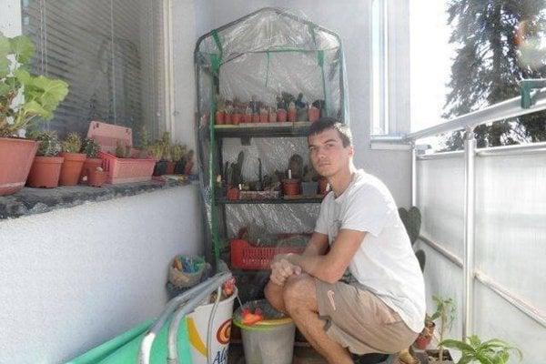 Pestovateľ. Róbert Múdry a jeho balkónové poklady.
