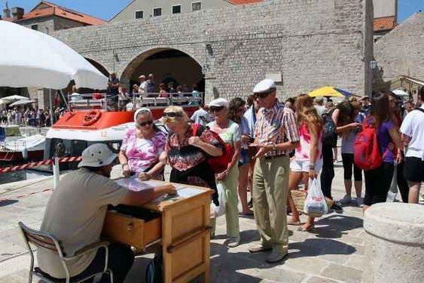 Dubrovník. Každý rok láka stovky turistov.