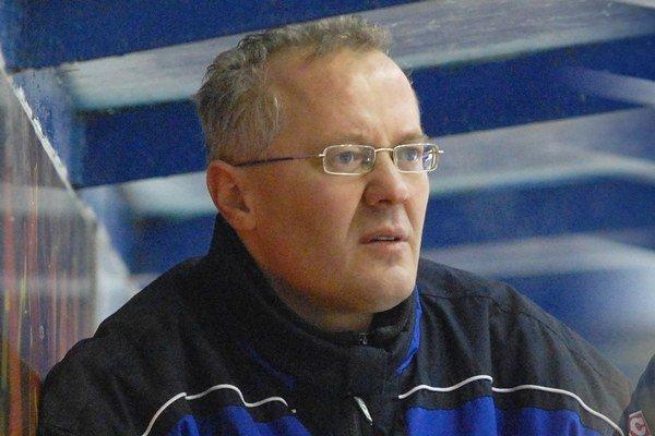 Tréner. B. Kohutiar má už v hlave kostru kádra HC 07.