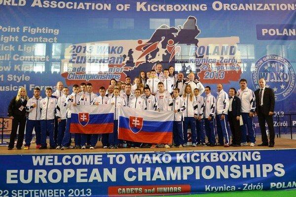 Reprezentanti. Slovenská reprezentácia si počínala v Poľsku mimoriadne úspešne, celkovo získala dvadsaťšesť medailí.