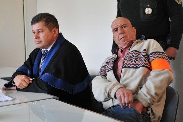 Sadiki si vypočul verdikt o zotrvaní vo väzbe.