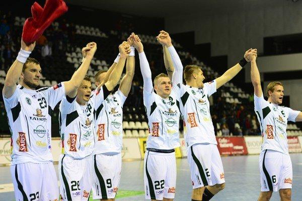 Prešovčania môžu oslavovať postup do skupinovej fázy Pohára EHF.