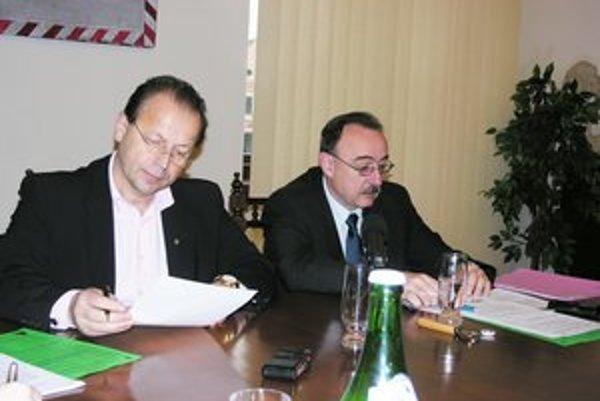 P. Hagyari a P. Janus. Primátor chce hľadať kompromis, riaditeľ DPMP nesúhlasí s výnimkami.