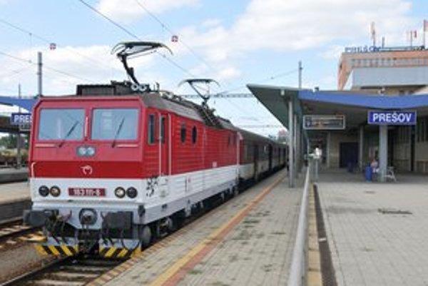 Prešov by nemal podľa prísľubov ministra a župana stratiť každodenné spojenie vlakom s Bratislavou.