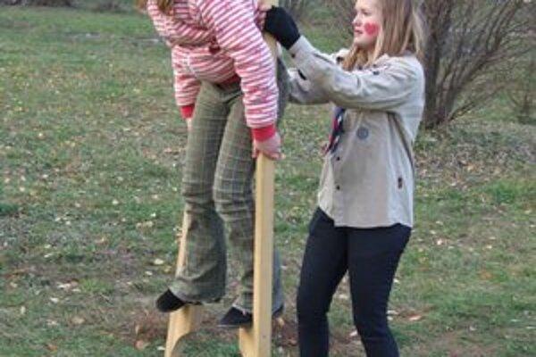 Park na Sibírskej. Deti si už hracie prvky stihli v nedeľu počas otvorenia vyskúšať.