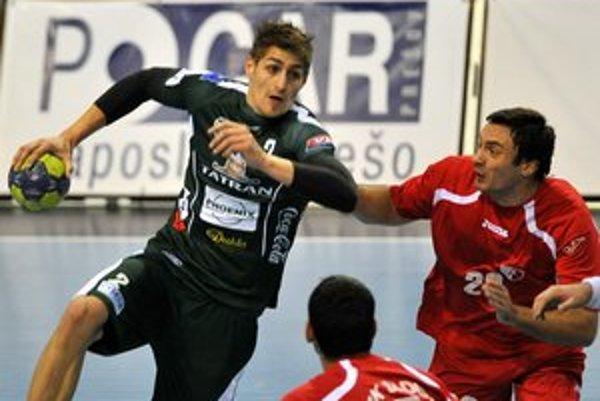 Smoliar. O. Rábek (vľavo) dnes asi nemusí, no v Pohári EHF už hodlá nastúpiť.