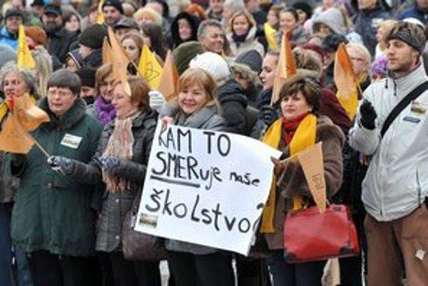 Protest zamestnancov školstva v Prešove.