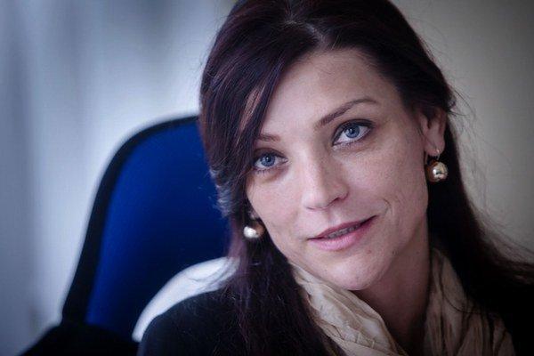 Riaditeľka Mária Domčeková.