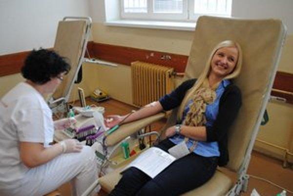 Darovanie krvi. Valentínska kvapka má úspech