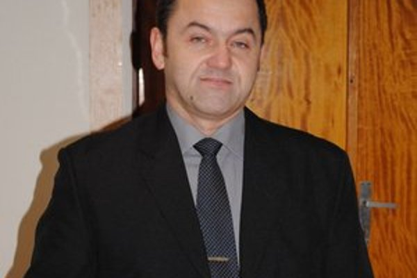 Jozef Bardák zložil poslanecký sľub.