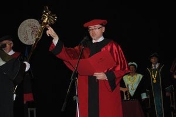 Rektor PU René Matlovič. Laureát Ceny mesta Prešov za rok 2011.