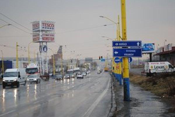 Výpadovka v smere na Košice. Na križovatke budú dopravné obmedzenia.