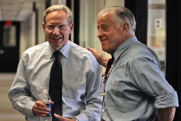 Bob Woodward a Ben Bradlee.
