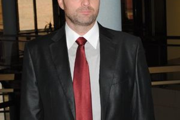 René Pucher bude kandidovať do parlamentu.