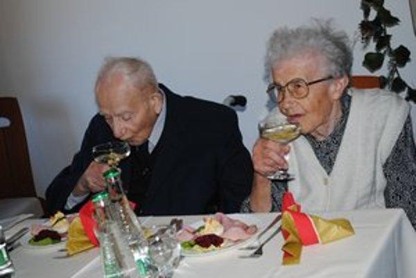 B. Kravec oslávil 100 rokov.