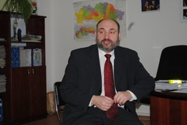 Smoliar volieb. Štefanovi Kužmovi nepomohli ani krúžky.