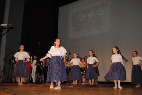 DFS Fijalečka oslávila 20. výročie založenia súboru.