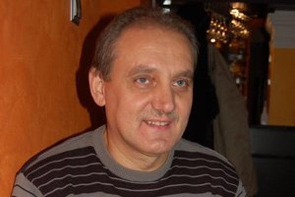 Ján Dobrovič. Obeť bitky obvinili, vinu popiera.