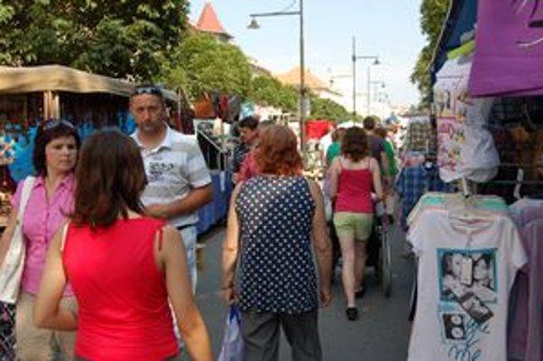 Sabinovský jarmok. Je súčasťou osláv dní mesta, otvoria ho vo štvrtok. Svoj stánok tu bude mať aj denník KORZÁR.
