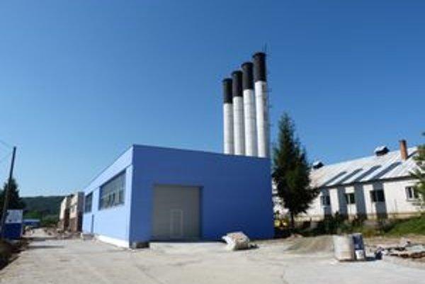 Hnedý priemyselný park v Stropkove. Pracovné miesta tu majú vzniknúť v oblasti elektrotechnického priemyslu a spracovania umelých hmôt.