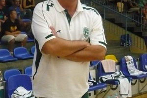Asistent trénera Ivan Pompoš verí, že mužstvo úlohy zvládne.