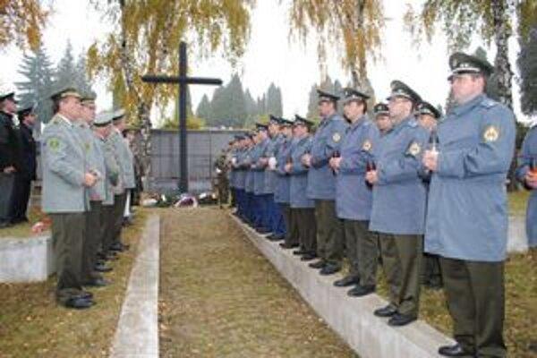 Deň zmierenia. Vzdali hold všetkým zosnulým vojakom.