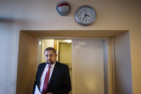 V roku 2009 menil Štefan Harabin sudcov v senátoch, dôsledky vidieť až dnes.