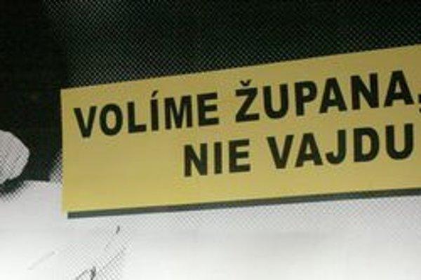 Pútač, ktorý pred župnými voľbami v Prešove, a aj po nich, vzbudil veľký rozruch.