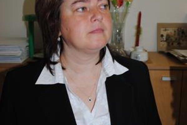 Starostka Tichého Potoka. Ľ. Džugánová sa znovu pustila do boja proti priehrade.