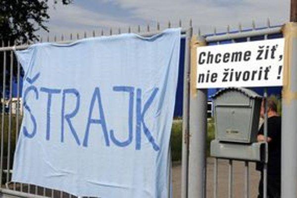 Štrajk zastavil v auguste prácu v hencovských firmách na týždeň.