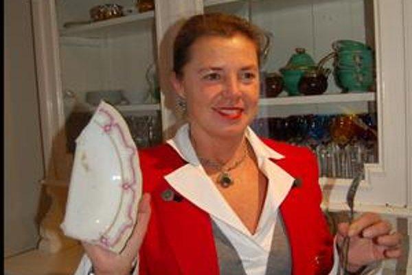 Klára Wettstein von Westersheimb. Z pokladu našla len vidličku a kus taniera.